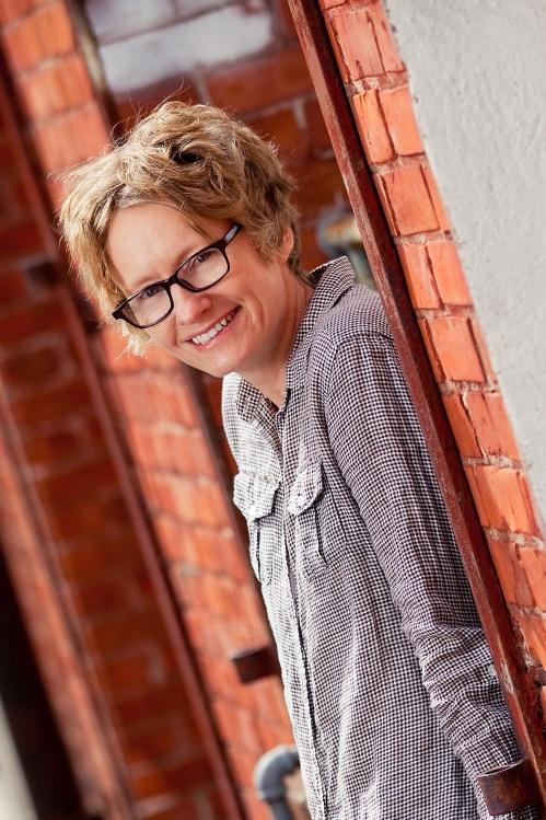 Best Selling Author (and gardener and chicken raiser) Amy Stewart. Photo by Delightful Eye.